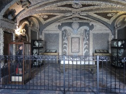 one of six grottos in the palace