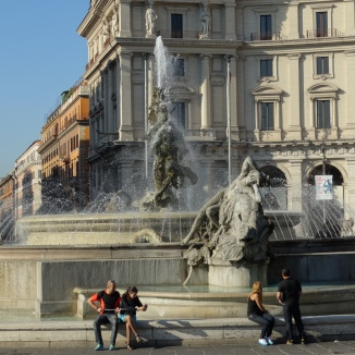 Fountain in Piazza Republica