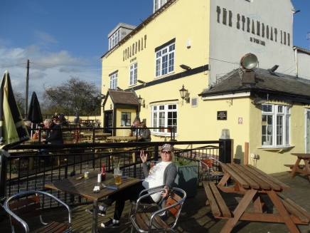 Steamboat Pub