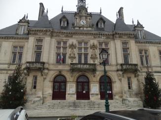 Hotel de Ville St Jean D'Angeley