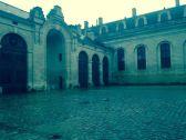 horse courtyard