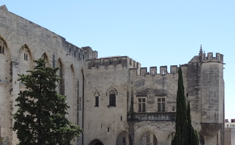 The Retirees go Abroad – Around Avignon – the PapalPalace