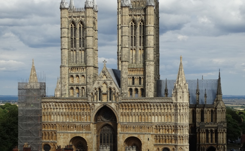 The Retirees go Abroad – Greg's Visit to Nottingham – Lincoln Cathedral